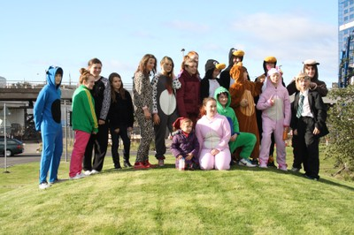 Tay Bridge Onesie Walk 2012 7